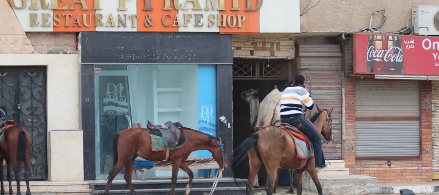 Egipski epizod w drodze do Kenii