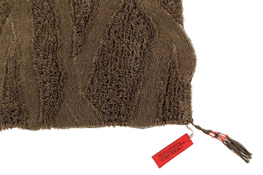 Wełniany dywan inspirowany drewnem afrykańskiej akacji - Lorena Canals