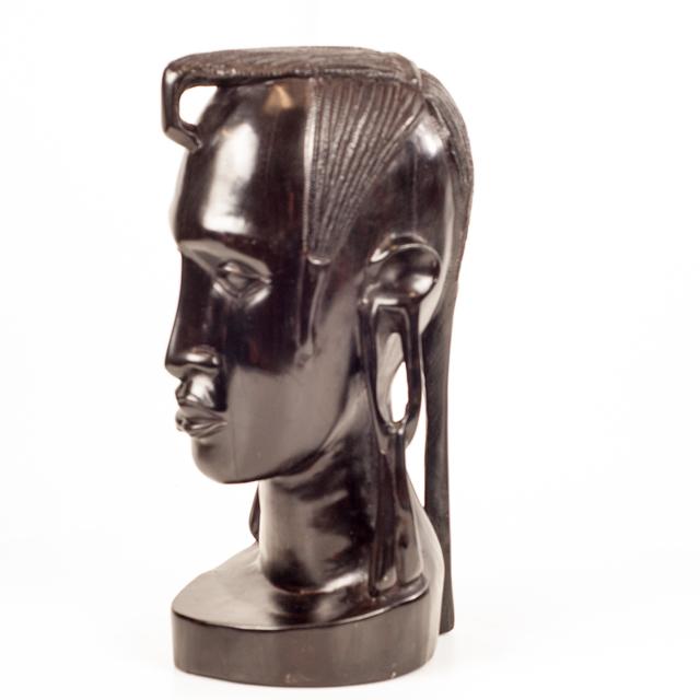 Duża rzeźba z hebanu - popiersie z drewna afrykańskiego