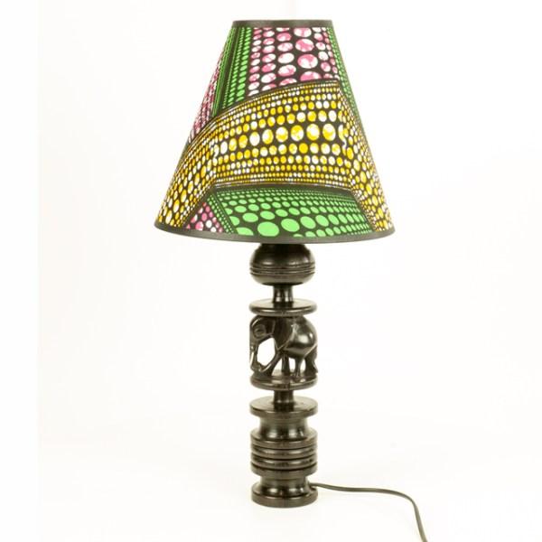Lampa z Afryki z hebanowym słoniem