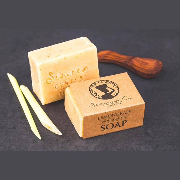 Tradycyjne mydło z alg morskich z Zanzibaru z olejkiem z trawy cytrynowej