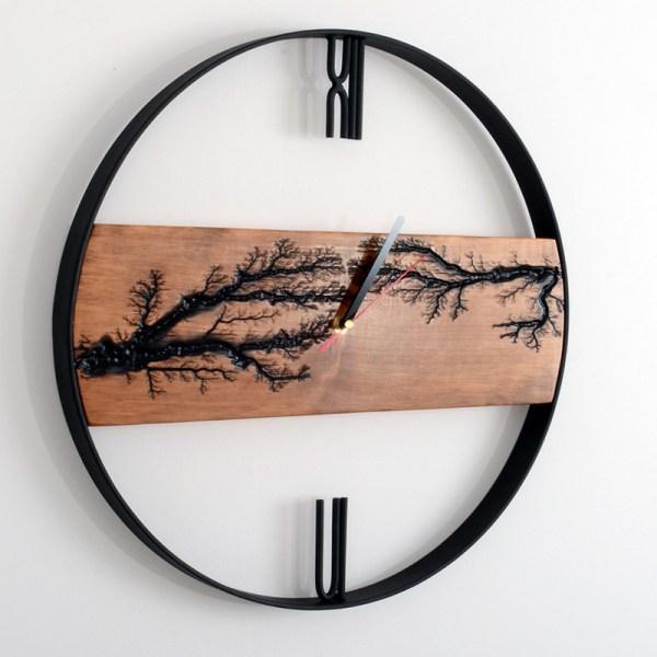 Czarny wiszący zegar z drewna - afrykański styl Loft nowoczesny design