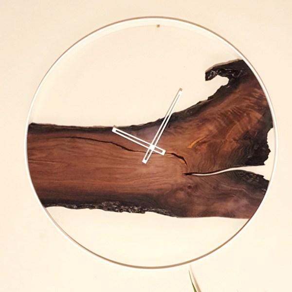 Drewniany zegar ścienny - afrykański styl Loft
