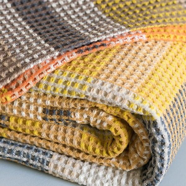 Afrykański tkany kolorowy koc z bawełny