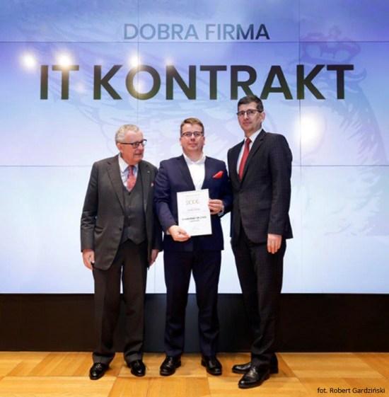 Zdjęcie z wręczenia nagród