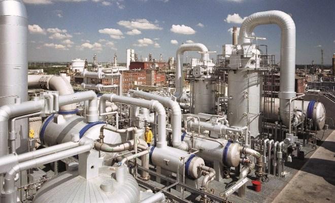 Regularna konserwacja jest niezbędna dla zapewnienia bezpiecznego funkcjonowania zakładów chemicznych