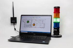 System ANDON firmy WERMA składa się z czterech podstawowych elementów: kolumny sygnalizacyjnej, panelu sterowniczego, nadajnika WIN slave i odbiornika WIN master połączonego z centralnym komputerem lub serwerem