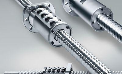 4) Dzięki zamontowaniu w obrabiarkach śrub kulowych NSK wykorzystujących nową technologię, użytkownicy będą mogli korzystać z wyższej jakości wykończenia powierzchni podczas obróbki form, matryc i elementów wysoko precyzyjnych.