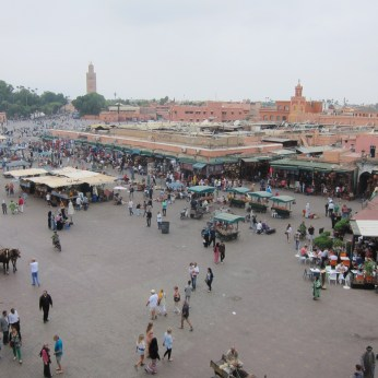 The square which fills up at night with food stalls
