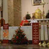 Sakramentu bierzmowania udzielił ks. bp Jan Zając