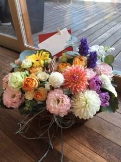 結婚祝いアレンジ 熊本 花屋 バスケット 花束