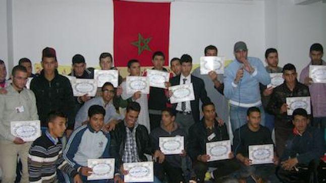 نادي الإبداع الأدبي بثانوية المطارالـتأهيلية يحتفي بتلاميذ الجناح الداخلي في أمسية فنية تربوية