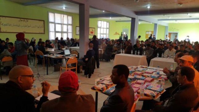 زاكورة: ثانوية سيدي عمرو التأهيلية بتازارين تحتفي بمتفوقاتها و متفوقيها