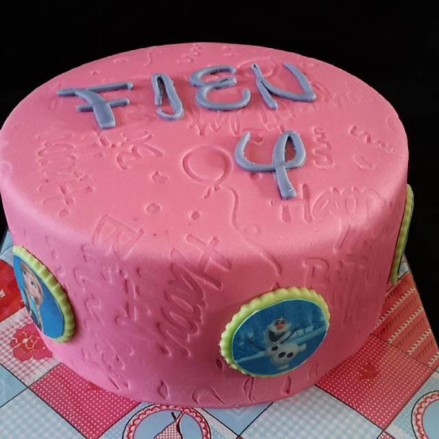 Hiep Hiep hoera Fien is 4 jaar verjaardagstaart meisje fienhellip