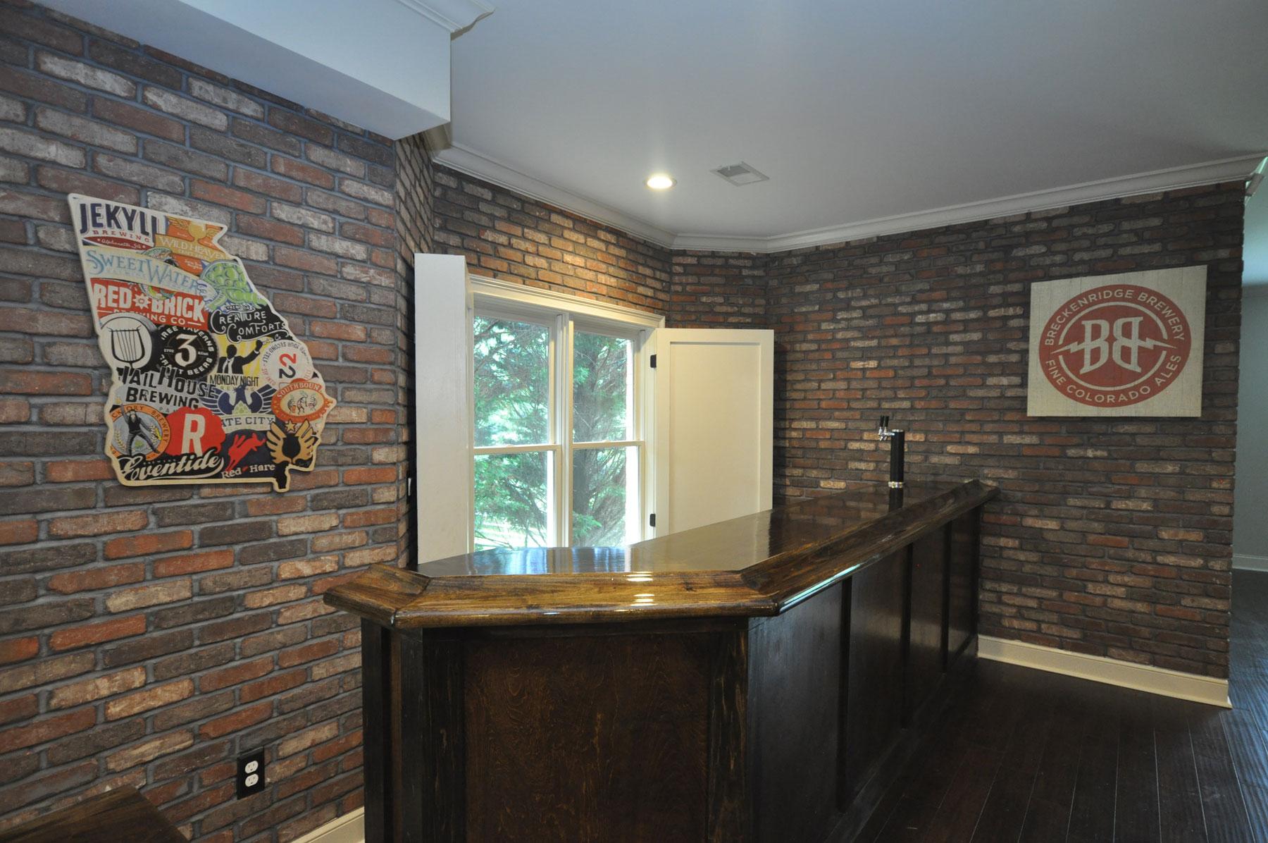 Custom Wet Bar With Liquor Cabinet Taber Residential