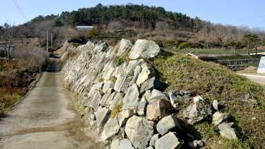 西生浦倭城の登り石垣