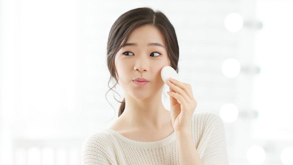 Secrets of Successful Oily Skin Treatment - Tabib.pk