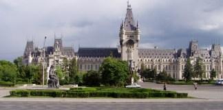 Der gewaltige Kulturpalast