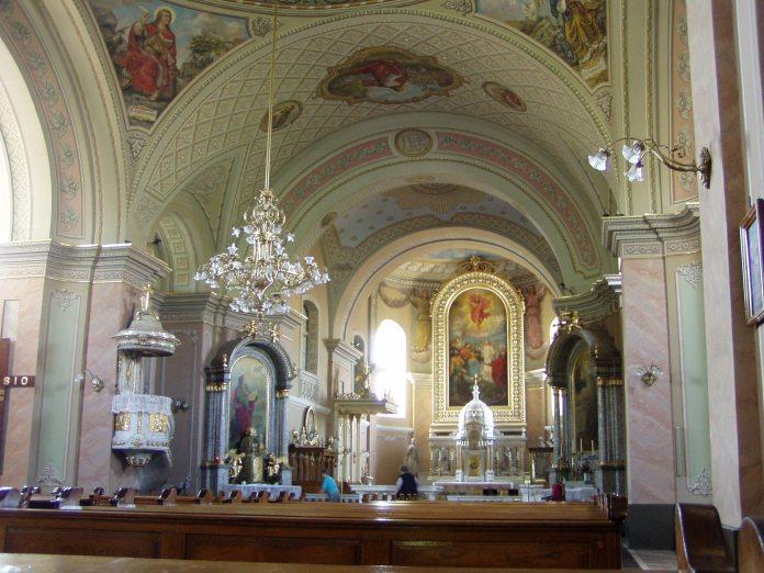 In der römisch-katholischen Kathedrale