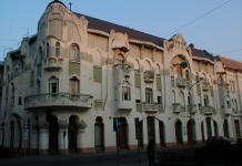 Der im Art Noveau-Stil erbaute Reök-Palast in Szeged
