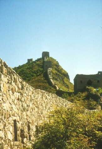 Grosse Mauer: Entlang der Mauer