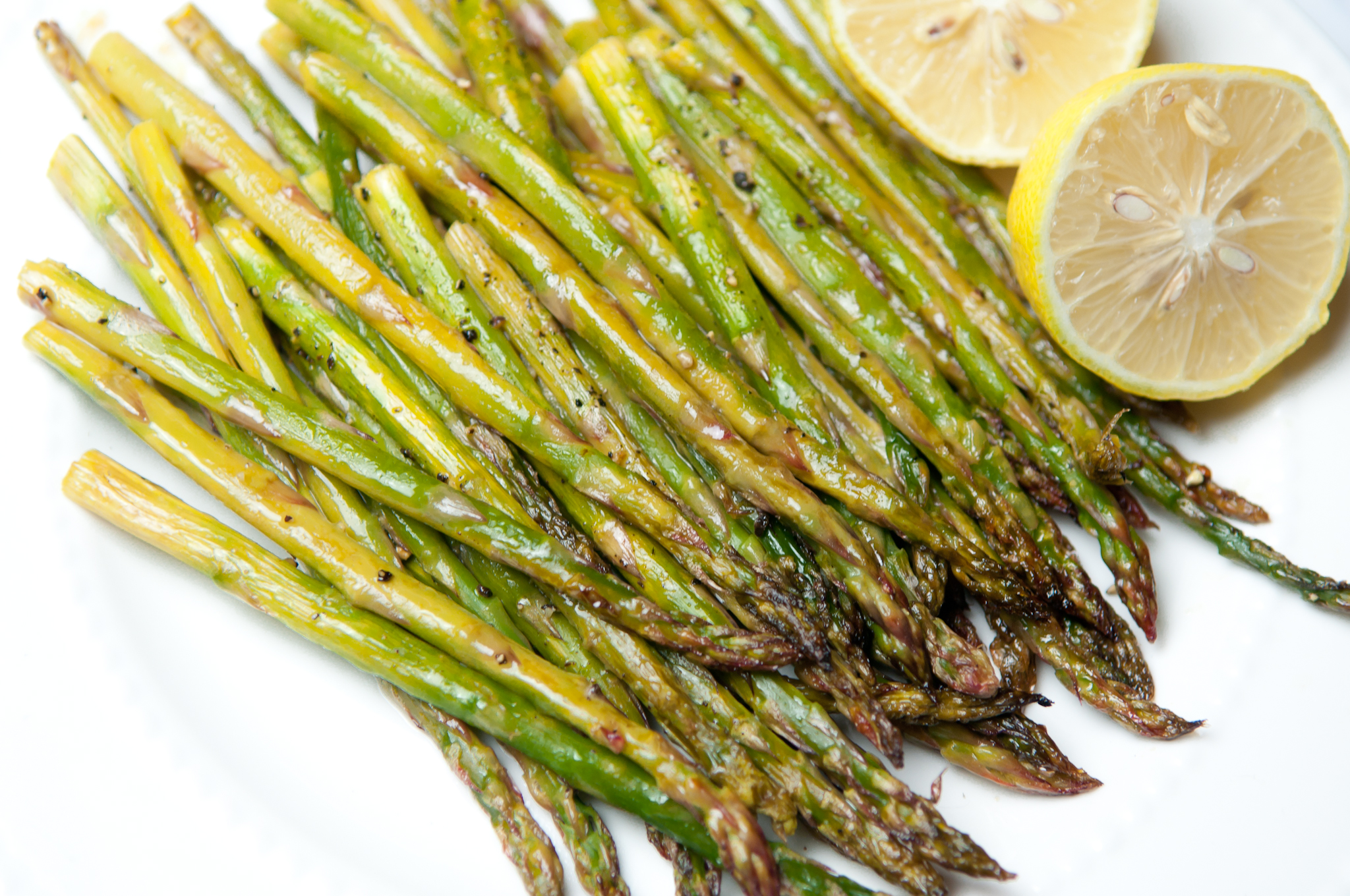 If You're Looking For An Easy Way To Cook Some Asparagus I Think You