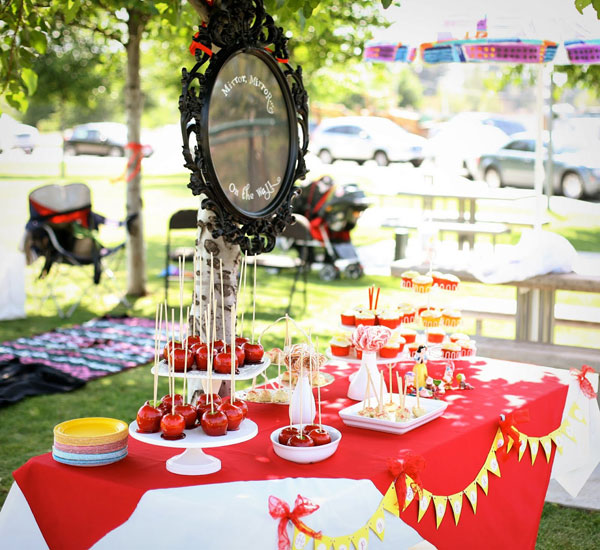 tableart_snow_white_kids_party