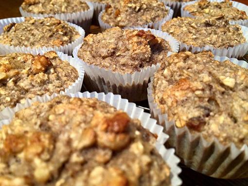 Bananenmuffins: zonder boter, gluten of suiker en toch pokkelekker