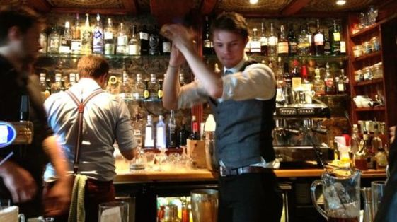 129888-a-bartender-mixes-up-a-caorunn-cocktail-for-customers