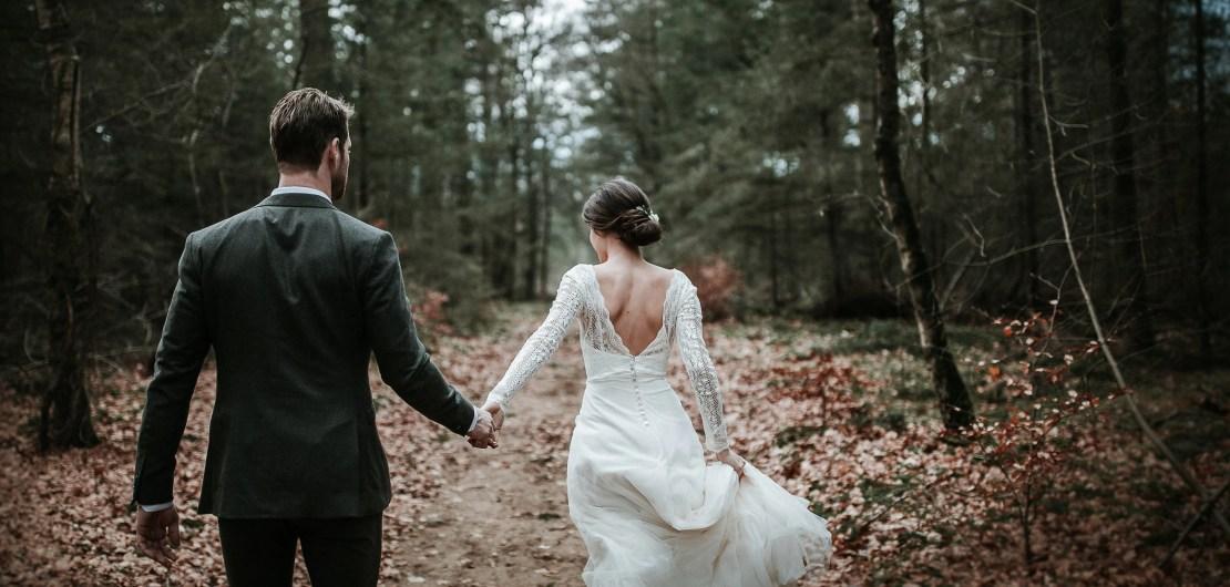 Minimalistic Nature bos styling bruiloft verloofd