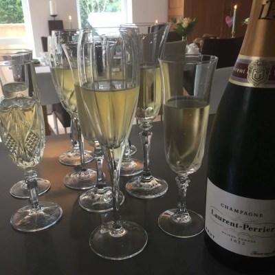 champagne flutes geslepn glazen verhuur styling bruiloft