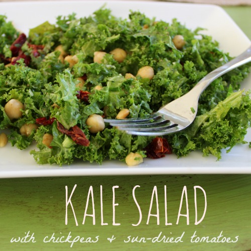 Super delish Kale Salad with Chickpeas and Sun-dried Tomatoes... it's so amazingly yummy!
