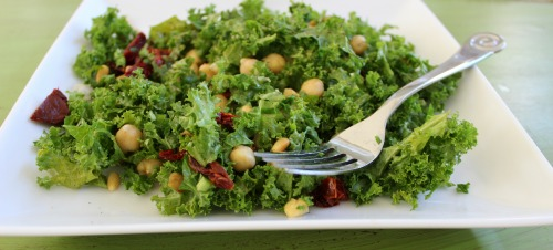 Yummy Kale Salad with Chick Peas and Sun-Dried Tomatoes!