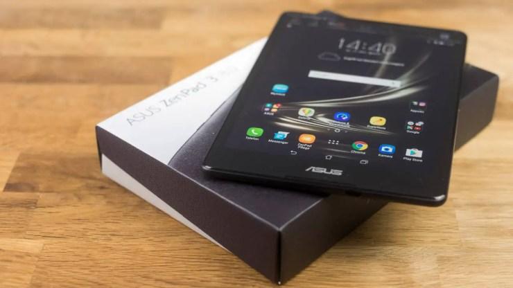 ASUS ZenPad 3 8.0 ausgepackt