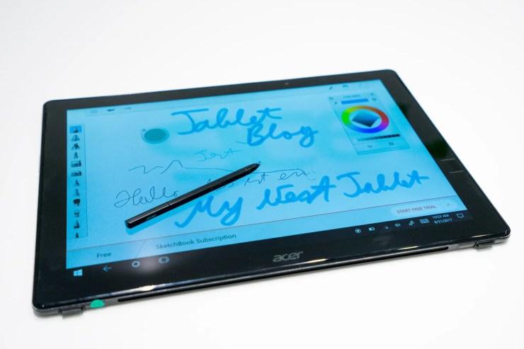 Acer Switch 7 Black Edition mit Stift