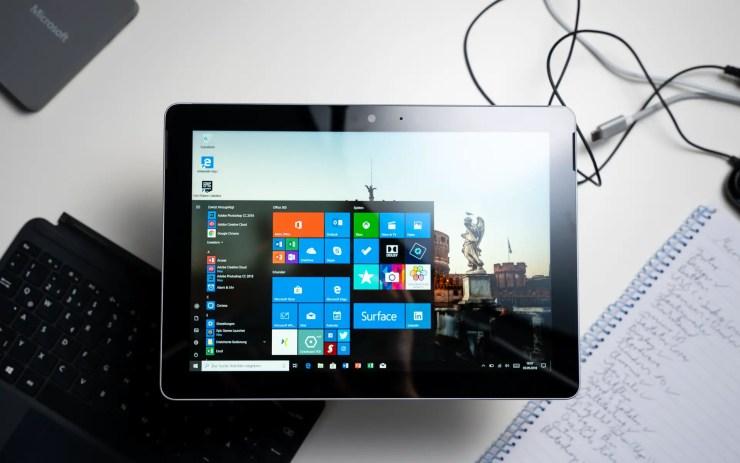 Microsoft Surface Go Display