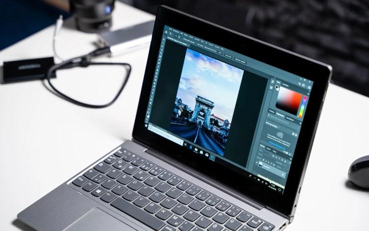 Lenovo IdeaPad D330 mit Photoshop