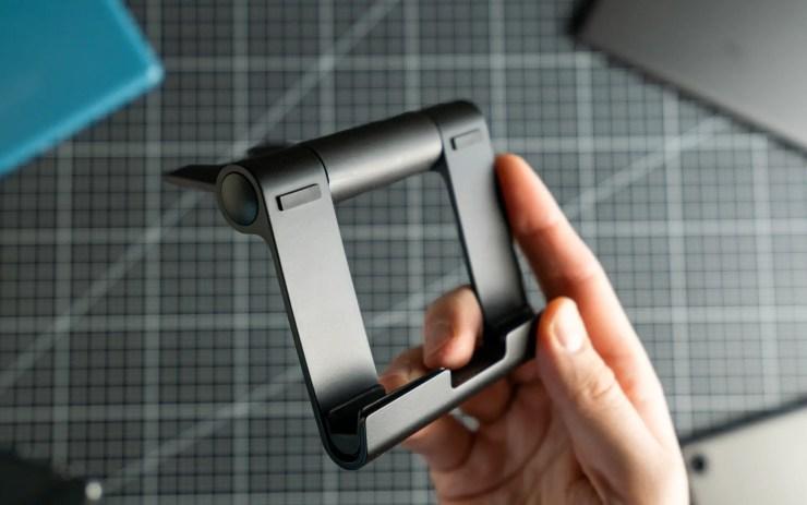 Amazon Basics Tablet Halter