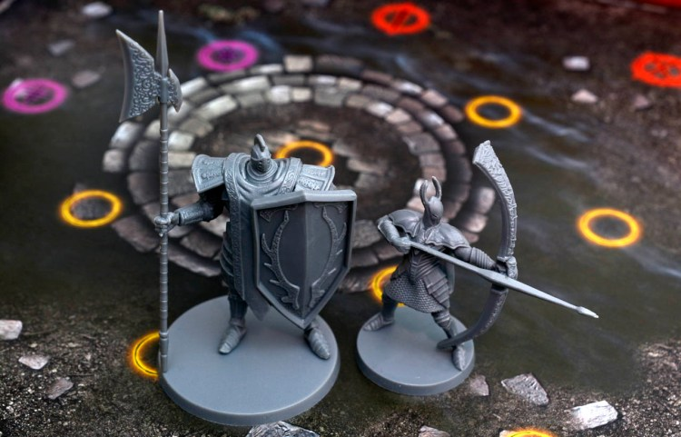 Dark Souls The Board Game - Tiny Head Huge Bow