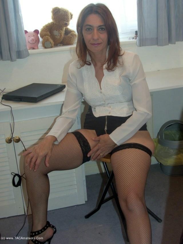 Jolanda Office Slut Free Pic 2