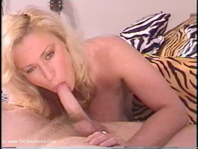 AwesomeAshley - Cock Sucker Cam Pt2