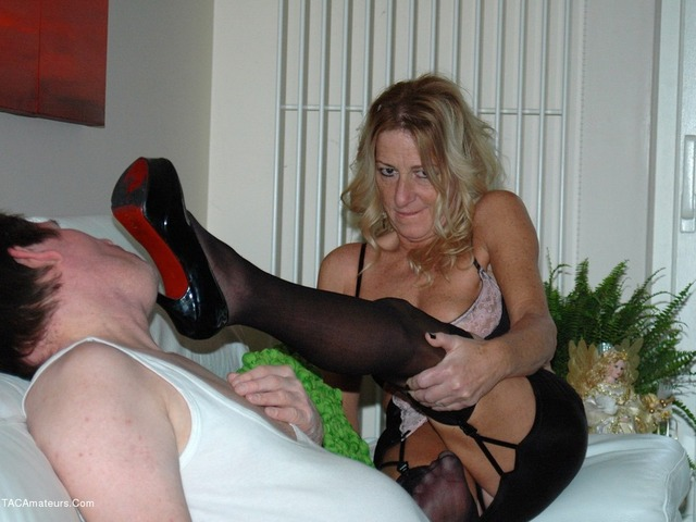KyrasNylons - Kyra and her foot slave