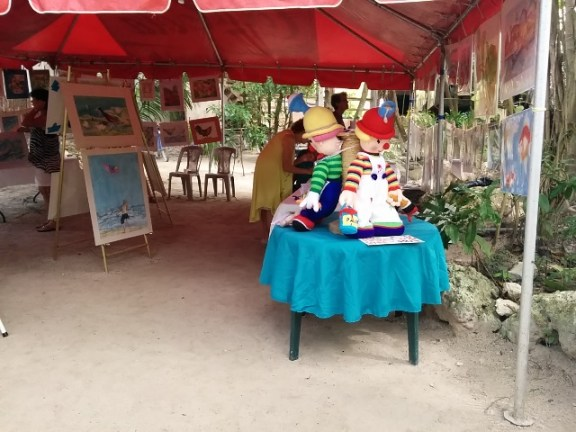 art show at xanadu resort belize