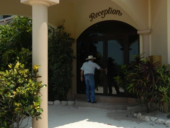 Coco Beach Resort - Belize Hotels