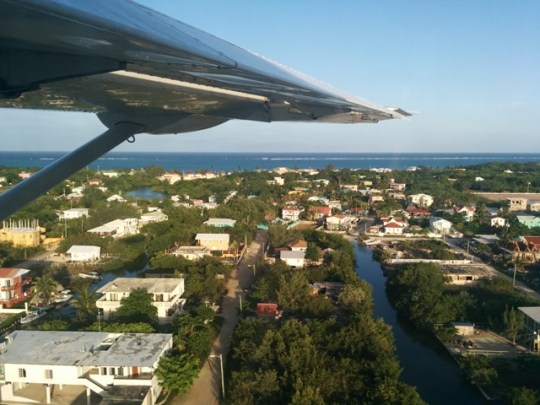 flying into san pedro belize on a tropic air cessna