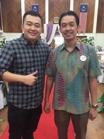 Coach Andrew with former world number 1 Rashid Sidek