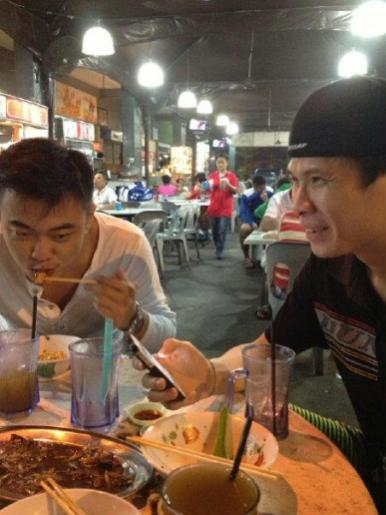 Coach Andrew having dinner with Wong Choong Hann