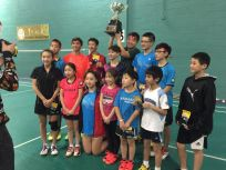 Coach Andrew and his team lifting Mandarin Team Cup at Mandarin Team Cup tournament 2016