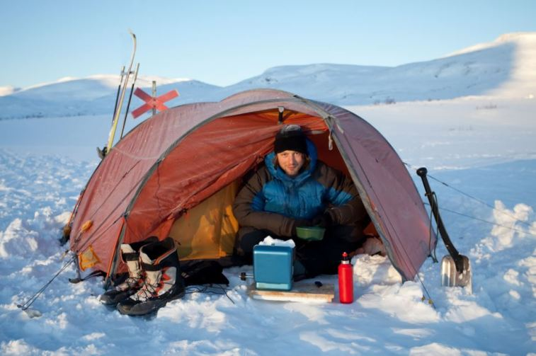 13 Tips to Avoid Cold and Sleep Well in a Tent