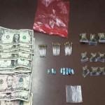 Arrestan hombres con drogas y armas durante operativo
